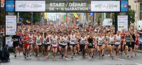 the-start-of-the-5km-run-of-the-2014-canada-army-run-held-in-e1411321973136